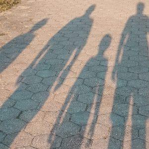 sombras de pessoas